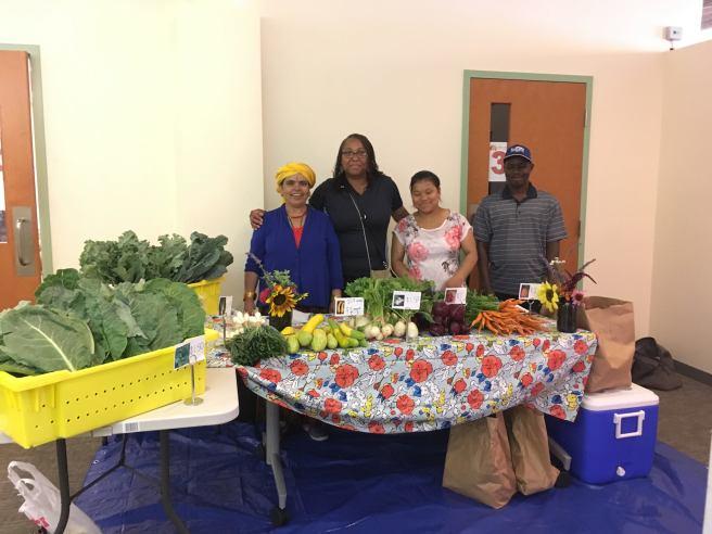 refugee-urban-ag-farmers-market